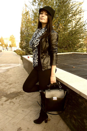 black Zara hat - black Bershka jacket - navy Stradivarius scarf - black Zara bag