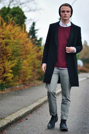 brothers coat - H&amp;M hat - Gap sweater - weekday pants