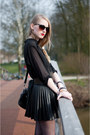 Black-dr-martens-shoes-black-hm-skirt-black-hm-blouse-black-zara-belt