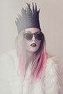 White-faux-fur-romwe-coat-blue-zara-hat-black-flips-open-h-m-sunglasses