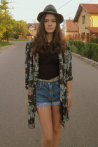 black H&M blouse - navy Levis shorts - camel Gladiator sandals