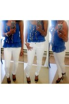 blue shirt - white super skinny jeans - black peep toe heels