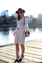 black fedora H&M hat - ivory sheer Left on Houston sweater - light pink Zara bag