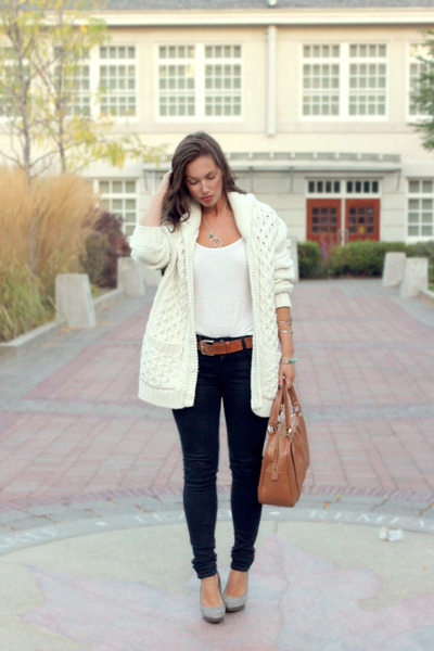 ivory H&amp;M cardigan - navy Fidelity Denim jeans - burnt orange Mary Nichols bag