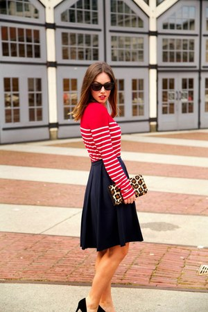 navy pleated skirt Obakki skirt - red striped Forever 21 shirt