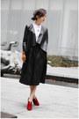 Rebecca-minkoff-boots-zara-blazer-hm-shirt-prada-bag