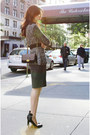 Gray-zara-sweater-dark-brown-urban-outfitters-bag-zara-heels