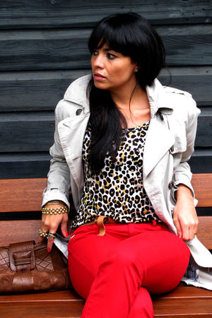 beige H&M coat - white H&Mm blouse - brown Stradivarius belt - red Take Two-Ital