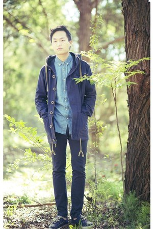 navy low suedes Alife shoes - black chino pants Topman jacket - navy The Critica