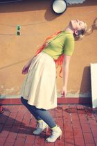gold socks - yellow skirt - green t-shirt - orange accessories - gray leggings
