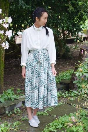 turquoise blue H&M skirt