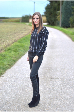 Mango sweatshirt - Cheap Monday boots - Zara pants