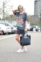 Marc by Marc Jacobs bag - Ray Ban sunglasses - OASAP t-shirt - BANKfashion skirt