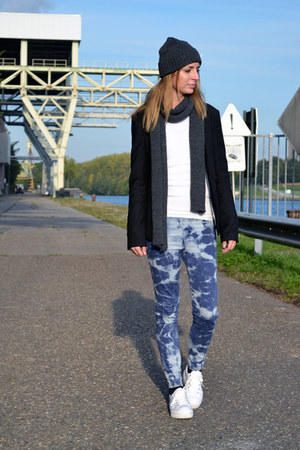 Cheap Monday scarf - Cheap Monday hat - Bershka blazer - OASAP pants