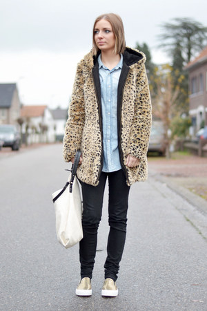 Zara coat - H&M shirt - Zara bag - Zara pants - asos flats