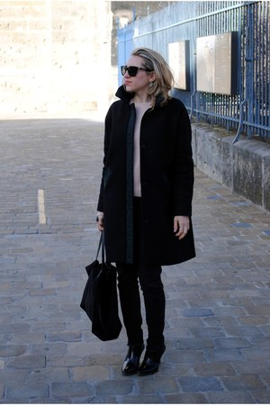 & other stories boots - wool & other stories coat - Marc Jacobs sunglasses