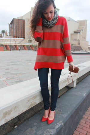 red Zara sweater