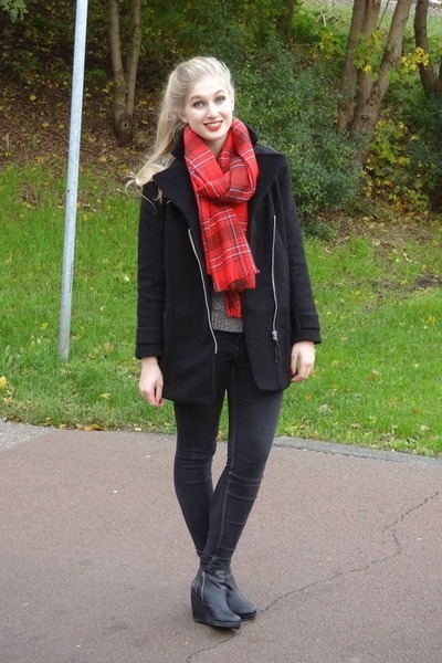 black H&M coat - black H&M jeans - gray H&M sweater - red H&M scarf
