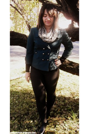 thrifted jacket - Forever21 shoes - Forever21 leggings - Zara scarf