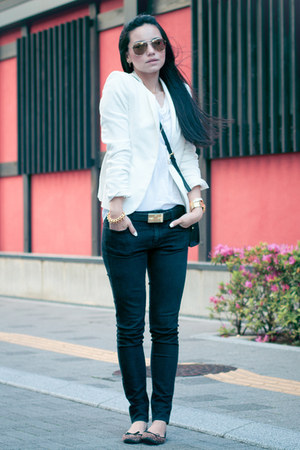 sismade bracelet - H&M shoes - Uniqlo jeans - Zara blazer - Michael Kors bag