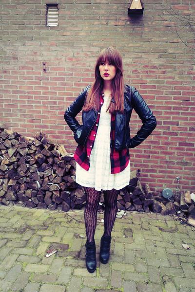 ivory lace H&M dress - black Vero Moda jacket - black lace H&M tights