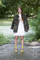 army green camo vintage jacket - white lace Zara skirt