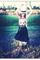 white vintage VIRVIN top - H&M hat - black vintage VIRVIN skirt