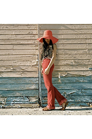 salmon unknown hat - coral corduroys Juicy Couture jeans