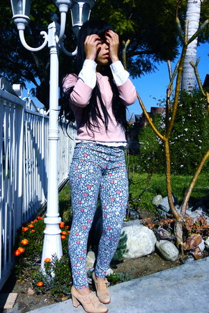 bubble gum floral abercrombie and fitch leggings
