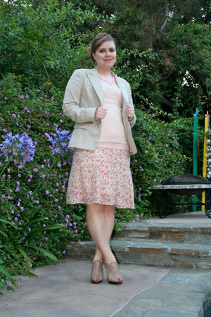 pink Necessary Objects skirt - beige Aldo shoes - pink handmade necklace - beige