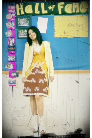 yellow Adiningrat Batik dress - yellow cardigan - beige boots - beige t-shirt