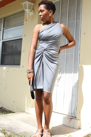 heather gray Maggy London dress