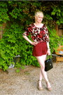 Tan-steve-madden-shoes-black-vintage-bag-ruby-red-lace-forever-21-shorts