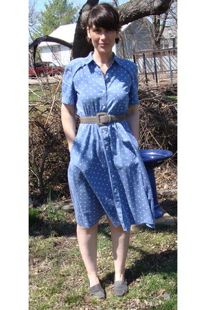 blue liz claiborne dress - gray belt - gray TOMS shoes