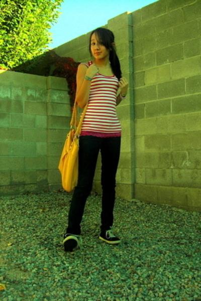 top - jeans - shoes - purse - top