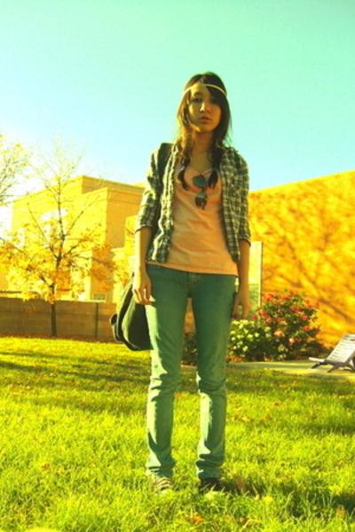 top - shirt - jeans - glasses - shoes - purse