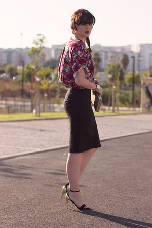ivory Parfois bag - black Zara skirt - black Zara heels - brick red Zara top