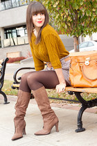 mustard mustard Forever 21 sweater - tan suede Elizabeth & James boots