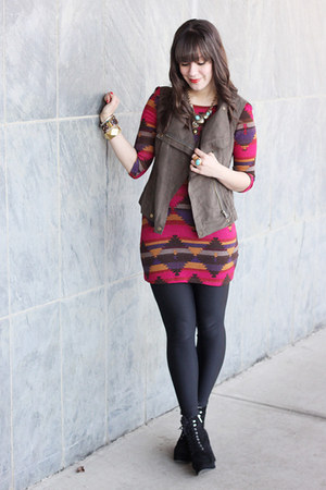 maroon navajo print luluscom dress - black Michael Kors boots