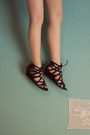 Printed-h-m-dress-black-lace-up-new-look-sandals