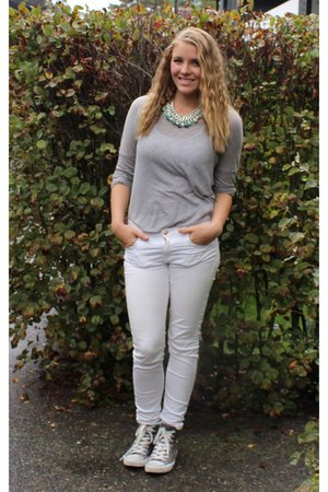 green Metdah necklace - gray Converse shoes - white Zara pants
