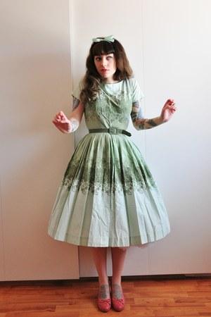 50s cotton vintage dress - pink caprice pumps