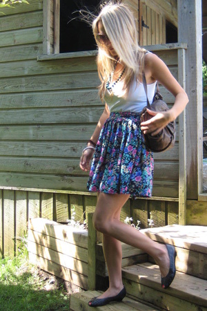vintage skirt - banana republic top - vintage shoes - vintage