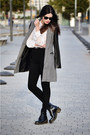 Dr-martens-boots-persunmall-coat-american-apparel-jeans-vintage-shirt