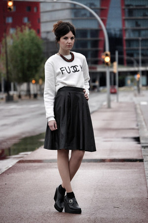 Sheinside sweatshirt - zalando skirt - Deena &amp; Ozzy wedges