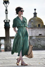 Zara-shoes-vintage-dress-mango-bag-ray-ban-sunglasses