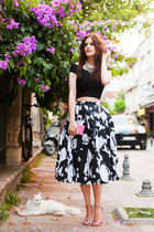 BLACK & WHITE MIDI SKIRT