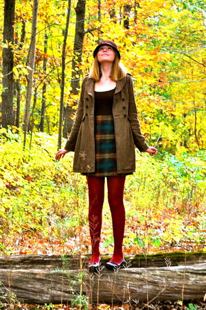 red DSW tights - brown shoes - brown skirt - brown Forever 21 coat - brown Burli