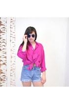 Hot-pink-vintage-shirt