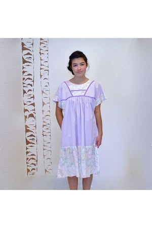 light purple vintage dress